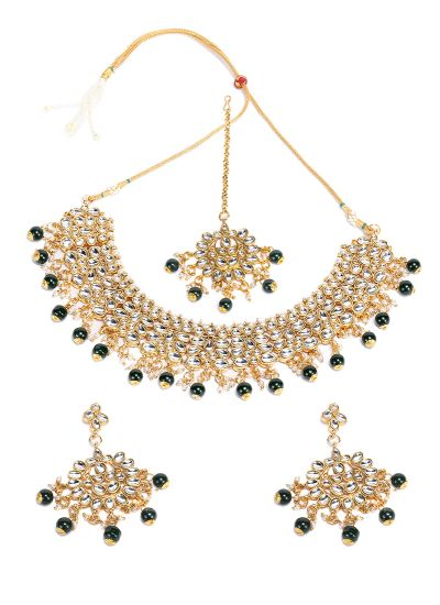 Kundan Emerald Necklace Set