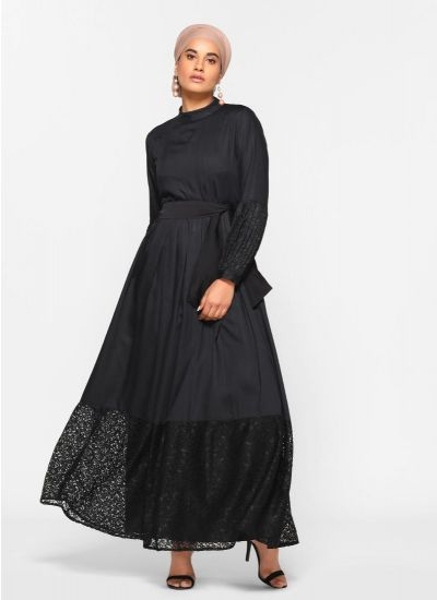 Lace Tier Noir Abaya