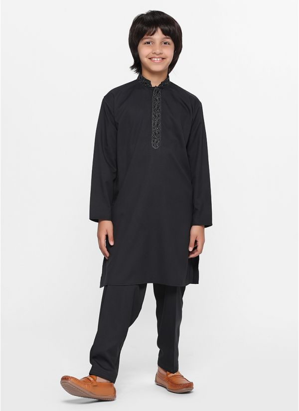 Noir Threaded Salwar Suit